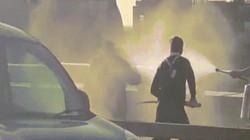 Video: Nghi phạm khủng bố ở Anh bị người qua đường khống chế