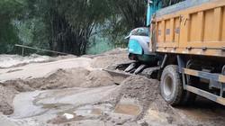 Yên Bái: Cầu Tô Mậu bị uy hiếp bởi nạn khai thác cát