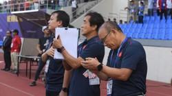 """Bị U22 Thái Lan đẩy vào """"cửa tử"""" và cách HLV Park Hang-seo... phản ứng"""