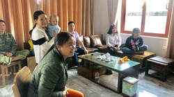 Mẹ của Hà Đức Chinh: Sẽ mổ trâu, mổ lợn nếu Việt Nam vô địch