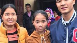 Mẹ Đức Chinh suýt ngất vì hiểu nhầm con trai không được đá chung kết