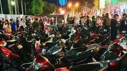 """Sau trận U22 Việt Nam đại thắng: Hàng trăm xe máy """"đi bão"""" bị tạm giữ"""