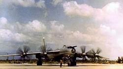 """Khám phá máy bay """"quái vật săn ngầm"""" to nhất hành tinh từng ở Việt Nam"""
