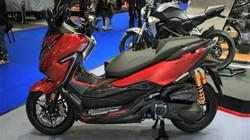 Chi tiết Honda Forza 300, đối thủ đáng gờm nhất của Yamaha XMax 300