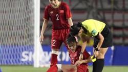 Chùm ảnh: Cầu thủ nữ Việt Nam đổ máu giành HCV SEA Games 30