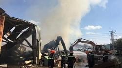 Khói lửa nhấn chìm nhà xưởng ở Bình Dương, hàng trăm công nhân tháo chạy thoát thân