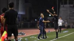 Nhận thẻ đỏ, HLV Park Hang-seo sẽ bị cấm ở những giải đấu nào?