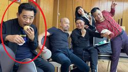 """Lộ thêm ảnh dàn """"Táo quân"""" tập chương trình mới: """"Ngọc Hoàng"""" Quốc Khánh bị """"dìm"""" không thương tiếc"""