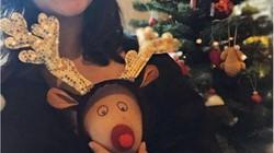 Ảnh: Chị em đua nhau khoe ngực tuần lộc chào giáng sinh