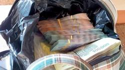 Chủ quán cơm nhặt được túi xách chứa 280 triệu đồng
