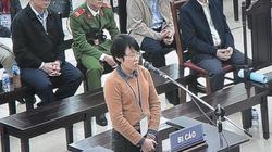 Cựu Phó TGĐ được bảo lĩnh trong vụ Mobifone–AVG bật khóc trước tòa