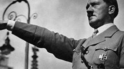 Vua hề Sác lô từng chế giễu trùm phát xít Hitler thế nào?