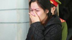 Nữ quái dùng sổ đỏ giả cầm cố khóc như mưa khi bị bắt