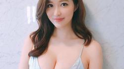 """Clip: Mẫu nữ Nhật Bản từng bị gạ """"đi khách"""" vì quá sexy"""