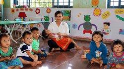8 cô giáo tình nguyện dạy không lương