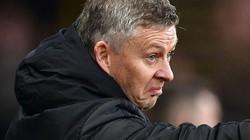 """M.U thua sốc đội bét bảng, Solskjaer vẫn bảo vệ """"tội đồ"""" De Gea"""