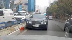 Xế sang Bentley chạy ngược chiều, nháy đèn đòi nhường đường