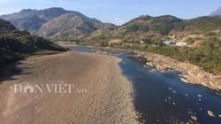 Sơn La: Nước sông Đà cạn đột ngột chưa từng có, dân bất an