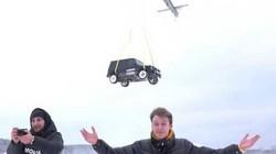 """Nga: Thất vọng với """"xế hộp"""" 270.000 USD, dùng trực thăng thả từ độ cao hơn 300 mét"""