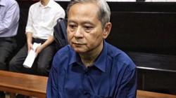 """Bắt đầu xử vụ án """"đất vàng"""" 15 Thi Sách: Cựu Phó Chủ tịch TP.HCM hốc hác, bơ phờ"""