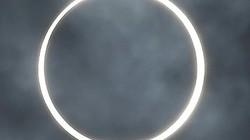 """Người dân châu Á phấn khích khi thấy nhật thực """"vòng tròn lửa"""" siêu hiếm"""