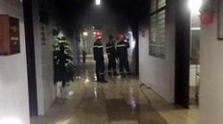 Bệnh nhân đốt bệnh viện, khống chế rồi lột quần áo của nữ y tá