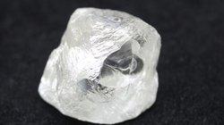 """Phát hiện kim cương """"khủng"""" nguyên vẹn suốt 2 tỉ năm ở Nga"""