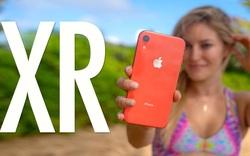 """Mức giá mới của iPhone XR chính hãng khiến người dùng """"móc hầu bao""""?"""