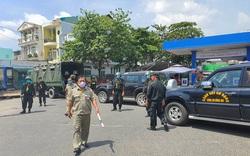 TP.HCM: Công an bao vây, khám xét một cửa hàng xăng dầu ở quận Gò Vấp