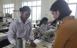 Không được dạy văn hóa trong trường nghề: Học sinh, nhà trường cùng... thiệt!