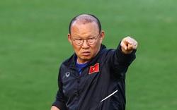 """Ông Park Hang-seo đã thay đổi trong sự """"im lặng"""" của bóng đá Việt Nam"""