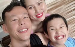 ĐT Việt Nam: Tấn Trường khoe ảnh bên gia đình, Tấn Tài về muộn nhất