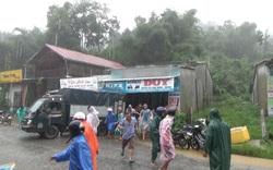 Quảng Nam: Sạt lở bất ngờ ở Nam Trà My, nhiều người thoát chết