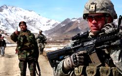 """Ông Biden sẽ """"thả"""" Afghanistan để nhắm vào Trung Quốc, Nga?"""