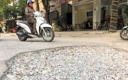 """Vinh: Giữa thành phố, người dân khổ cực vì tuyến đường như """"giăng bẫy"""""""
