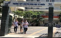 Trường Chuyên đầu tiên ở Hà Nội công bố điểm thi vào lớp 10, điểm chuẩn giảm 3 điểm