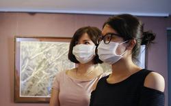 Ghé thăm không gian tranh giấy dó truyền thống đặc biệt tại Hà Nội