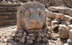 Khu mộ cổ với những tượng đá cao gần 10 m ở Thổ Nhĩ Kỳ