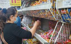 TP.HCM: Vì sao có thời điểm khó mua mì ăn liền?