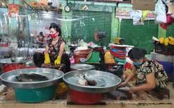 TP.HCM: Linh hoạt mở lại chợ, thêm xe buýt bán lưu động để người dân dễ mua thực phẩm