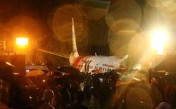 Máy bay gặp tai nạn kinh hoàng ở Ấn Độ, nguyên nhân do đâu?