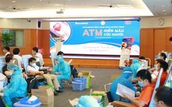 """Sacombank cùng Hội Doanh nhân trẻ Việt Nam triển khai chương trình """"ATM Hiến máu cứu người"""""""