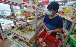 Giá bột mì, bột gạo dù cao chót vót vẫn khó tìm mua