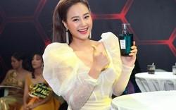 Dàn sao Việt đo nhiệt độ, rửa tay phòng dịch virus Corona trước khi vào họp báo