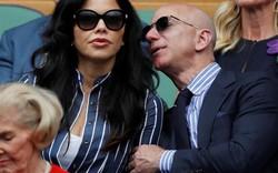Tỷ phú giàu nhất thế giới lần đầu công khai xuất hiện cùng bạn gái