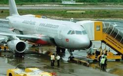 Máy bay bị sét đánh trúng đuôi ở Nghệ An