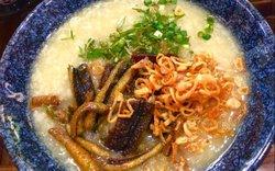 """Mát trời nấu ngay cháo lươn vừa thơm vừa mềm """"hạ gục"""" mọi chiếc bụng đói"""