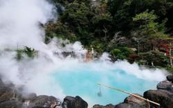 Vì sao có suối nước nóng, thậm chí có nơi quanh năm sôi sùng sục?