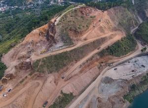Công trình mở rộng nhà máy thuỷ điện Hoà Bình hơn 9.000 tỷ nhìn từ trên cao