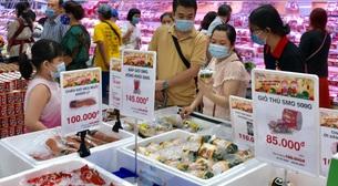 Công nhân trở lại TP.HCM, doanh nghiệp bắt đầu tăng ca cho mùa tết